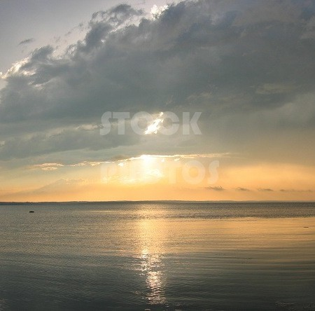 STK003_Lake Sunset-755x444