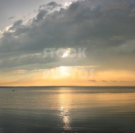 STK003_Lake Sunset-755x444